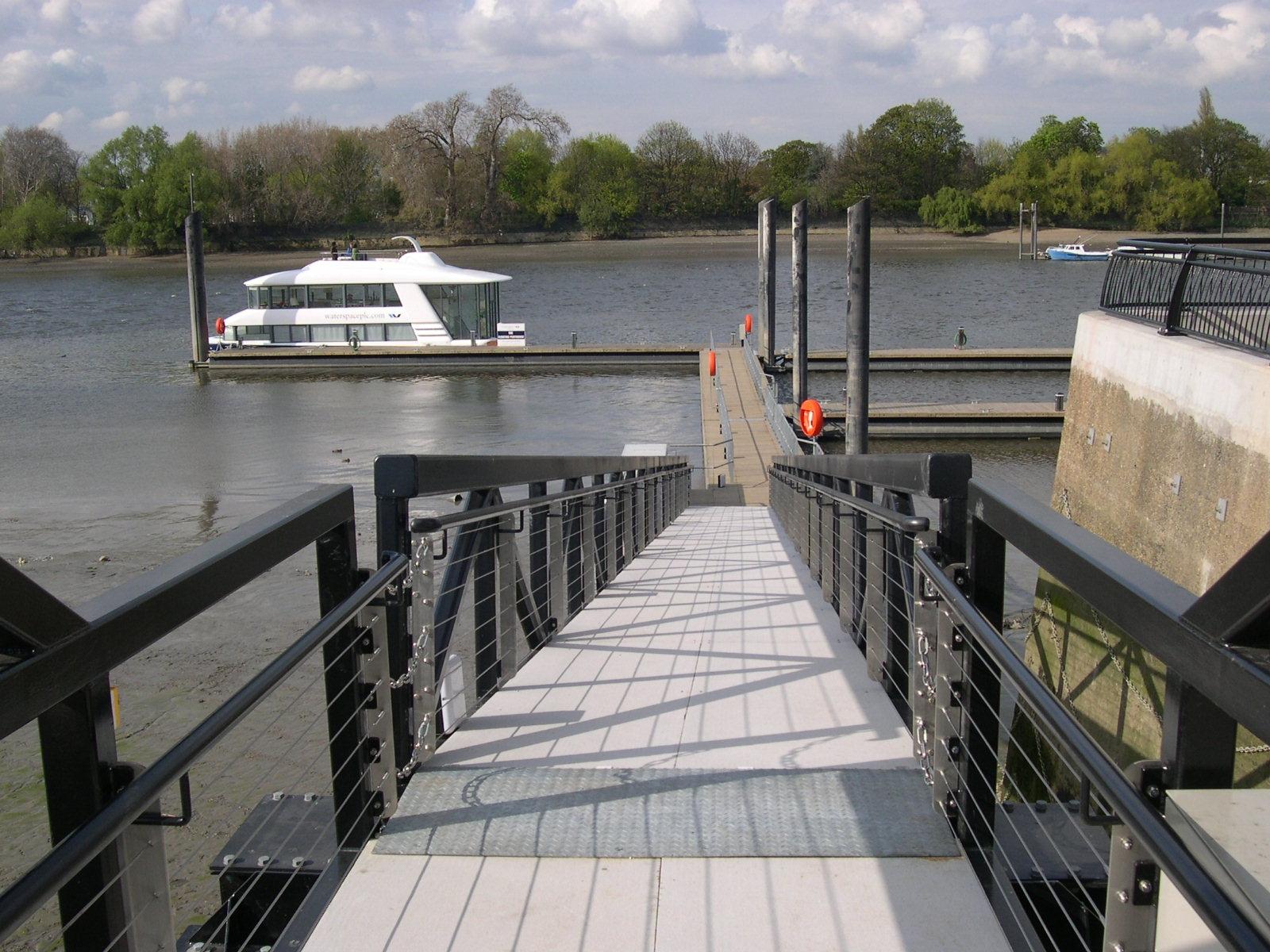 Wandsworth pontoon